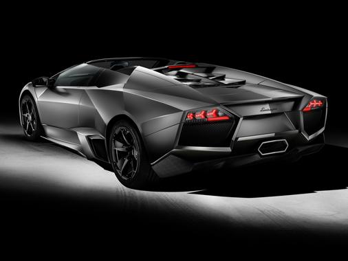 864_2_1226_6_027_reventon_roadster_3-4_back_blk_large
